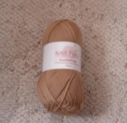 Knitpicks Essential Sock, fawn